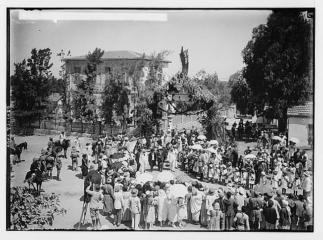 Visiting Jewish colonies. Sir Herbert Samuel arriving at Richon le Zion.