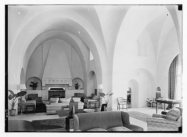 Newer Jerusalem and suburbs. Government House, int[erior]. The reception room