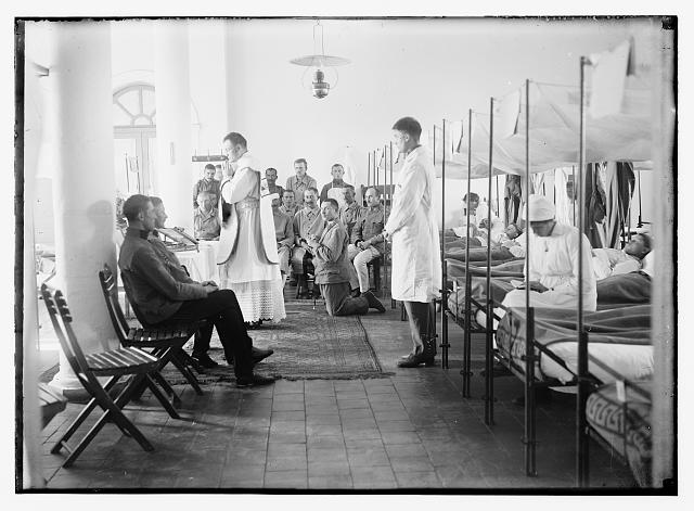 [Catholic service in Austrian Military Hospital, Ratisbonne Monastery, Jerusalem]