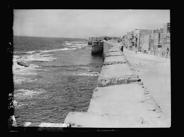 Akka (Acre, Accho). Acre. Crusader sea wall