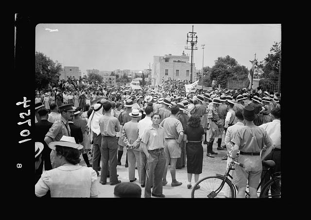 Jewish anti Palestine White Paper demonstrations. [Women's demonstration on May 22, 1939]. Procession en route between King George Ave. & Julian Way