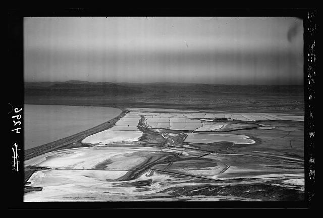 Air views of Palestine. The Palestine Potash Works. On N. shore of the Dead Sea. Palestine Potash Plant. Close view of the evaporating pans