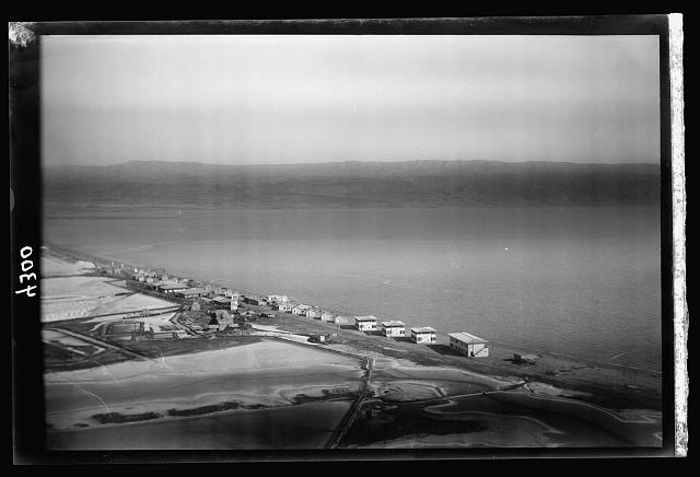 Air views of Palestine. The Palestine Potash Works. On N. shore of the Dead Sea. Palestine Potash Plant. Workers' settlement along the north shore