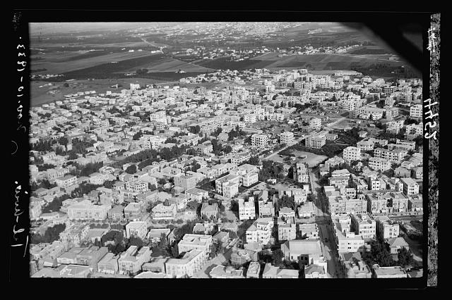 Air views of Palestine. Tel Aviv. Section near the Rothchild [i.e., Rothschild] Avenue