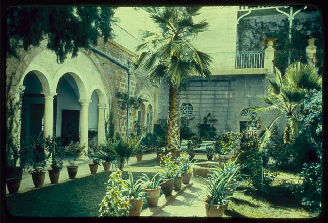 Buildings in Jerusalem. The American Colony, main bldg. [i.e., building], Oriental courtyard