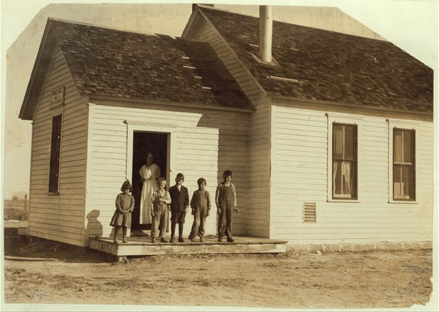 Only 5 pupils present out of about 40 expected when beet work is over. School #1, Dist. 3, Ft. Morgan, Colo. Oct. 26/15, over five weeks after school opened. The poor attendance in all these schools is due, almost entirely to beet work.  Location: Fort Morgan, Colorado