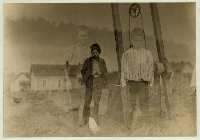 Willie Lee, 24 Ozark Mill, Gastonia, N.C. 10 years old. Been in mill 2 months. Doffer.  Location: Gastonia, North Carolina.