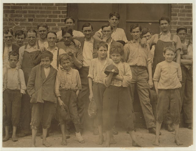 A few of the young workers in Beaumont Mill, Spartenberg [sic].  Location: Spartanburg, South Carolina.