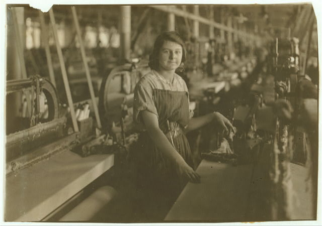 Weaver in American Linen Co. See 4159.  Location: Fall River, Massachusetts
