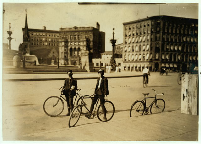 Messenger Boys, Indianapolis Western Union. Aug., 1908. Wit., E. N. Clopper.  Location: Indianapolis, Indiana.