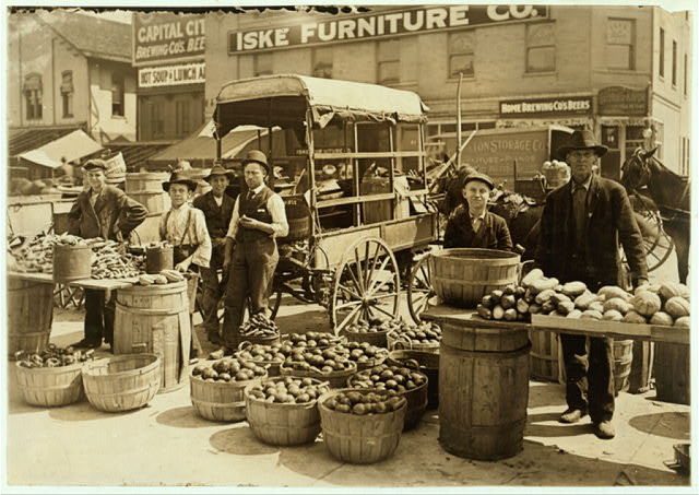Indianapolis Market. Aug., 1908. Wit., E. N. Clopper.  Location: Indianapolis, Indiana.