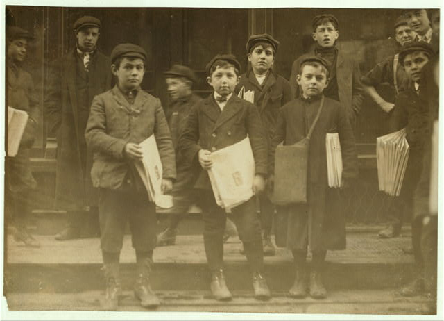 [Newsboys, 9, 10 and 11 years old.]  Location: New Haven, Connecticut.
