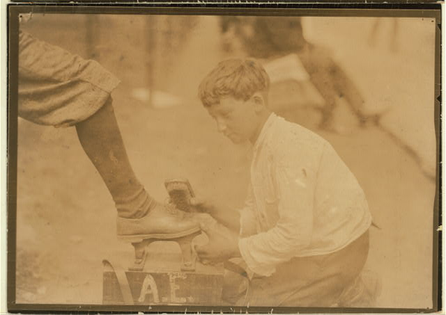 Charlie, ten year old shiner, Newark, N.J. August 1, 1924.  Location: Newark, New Jersey.