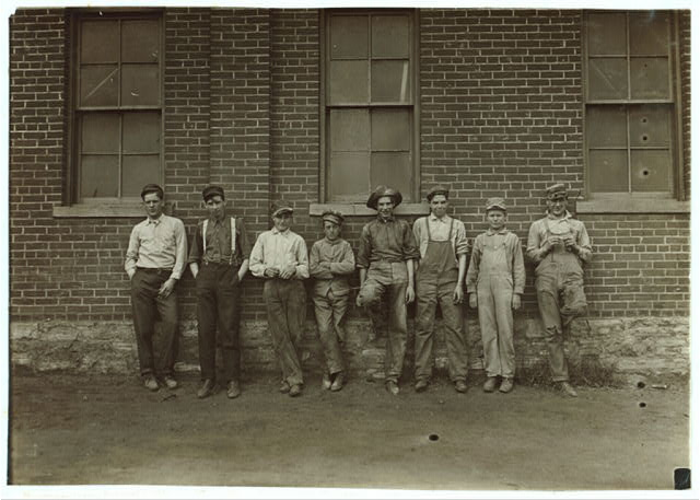 Noon hour. Muncie Wheel & Jobbing Co. Most of the boys were gone home to dinner.  Location: Muncie, Indiana.