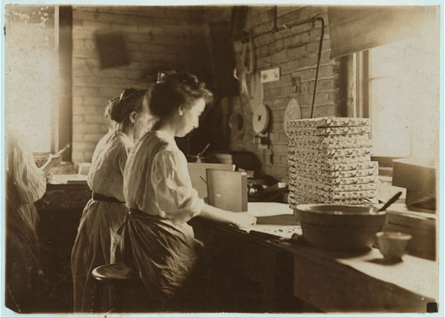 Folding Paper Box Company, South Bend, Ind. About 6 young boys and girls here, but could not get photographs.  Location: South Bend, Indiana.