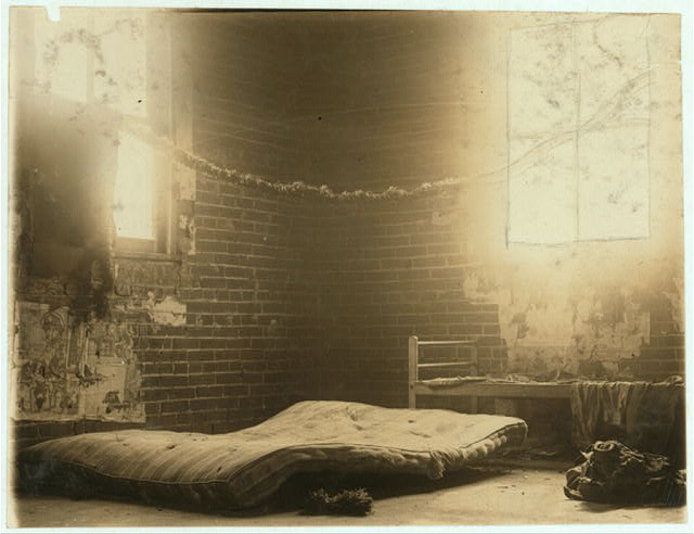 "Inside view of ""Piedmont Hotel"" where some of the boys from Poolroom branch sleep on hot nights. May, 5, 1910. St. Louis, Mo.  Location: St. Louis, Missouri."