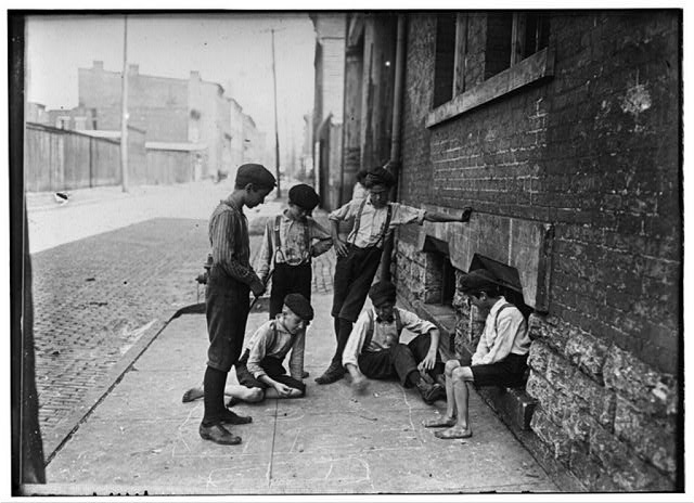 Game of Craps. Cincinnati, Ohio. Aug., 1908. Location: Cincinnati, Ohio