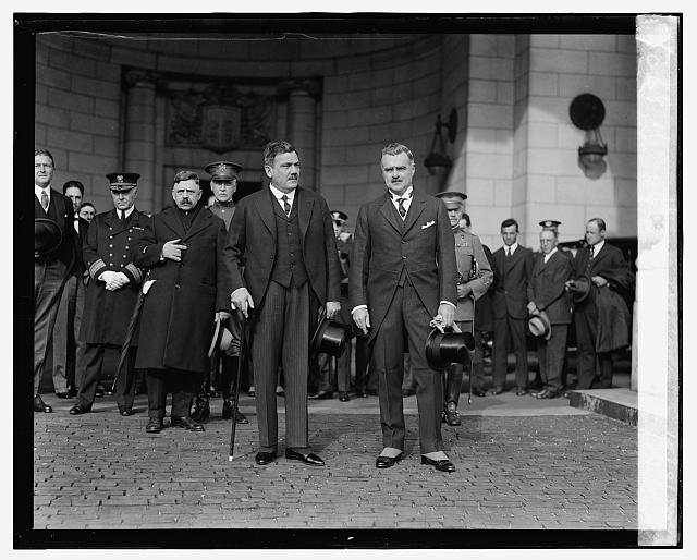 Gen. P.E. Calles & J.B. Wright at Union Station, 10/31/24