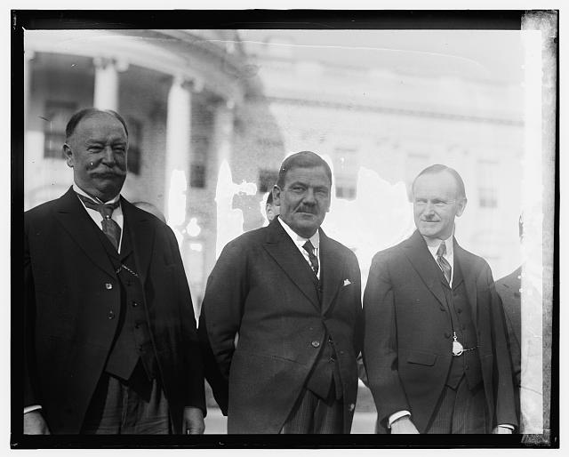 Taft, Gen. Calles, Coolidge at W.H., [10/31/24]