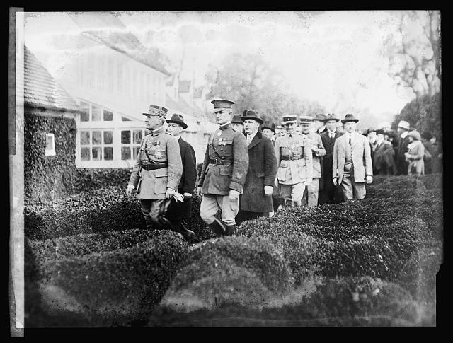 Marshal Foch at Mt. Vernon, [Virginia]
