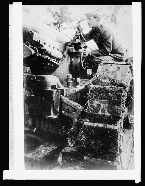 American 158 MM gun on French front