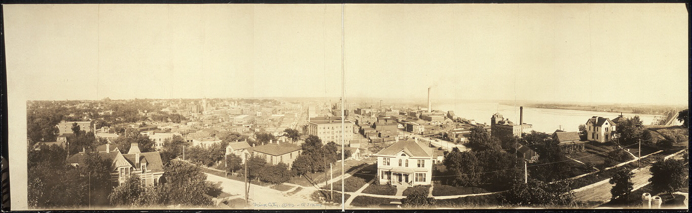 [Birdseye view of Sioux City]