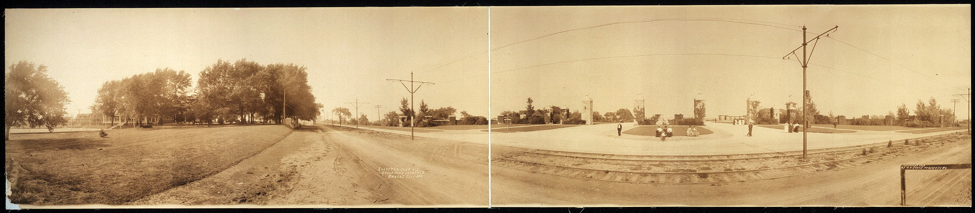 Evanston Club and Swope Park entrance, Kansas City, Mo.