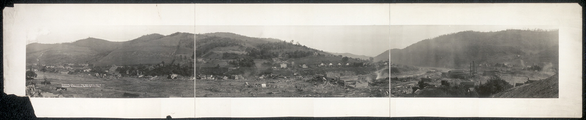 Austin, Pa., panoramic view after flood of Sept. 30, 1911