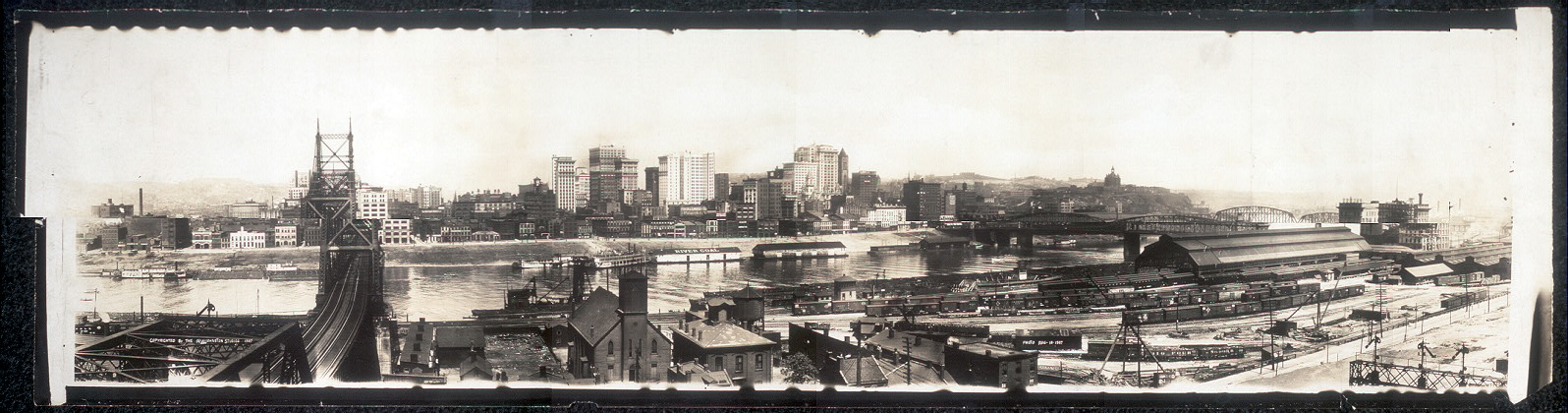 Sky line view of Pittsburg, 1907