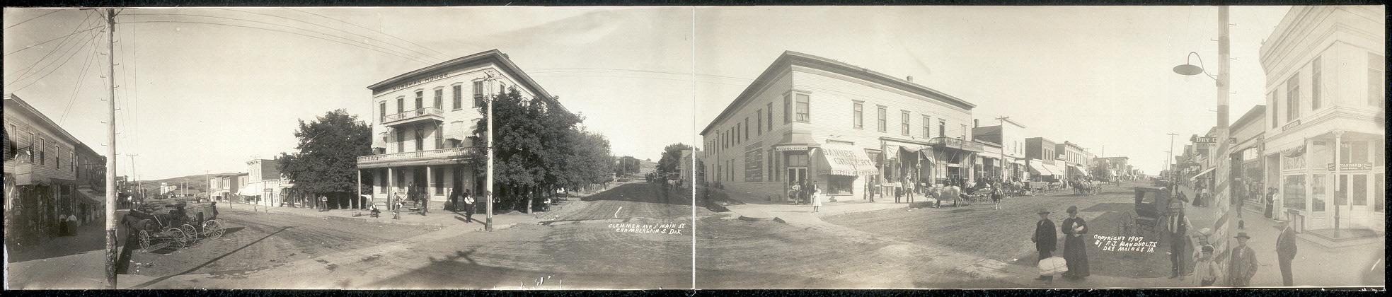 Clemmer Ave. and Main St., Chamberlain, S. Dak.