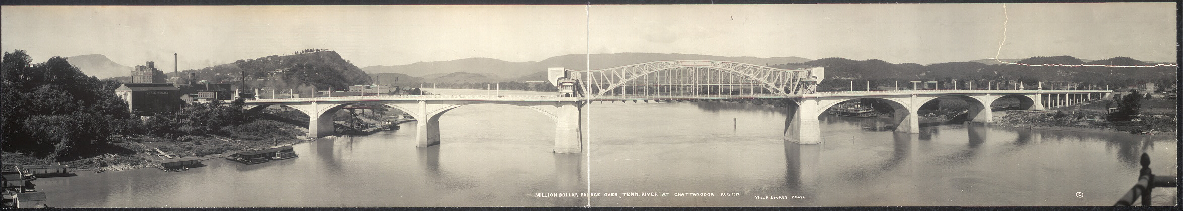 Million dollar bridge over Tenn. River at Chattanooga, Aug., 1917