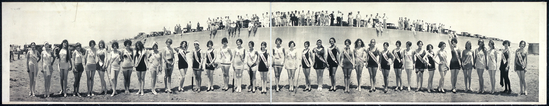 [Second International Pageant of Pulchritude and Eighth Annual Bathing Girl Revue, May 21, 22, 23, 1927, Galveston, Texas]
