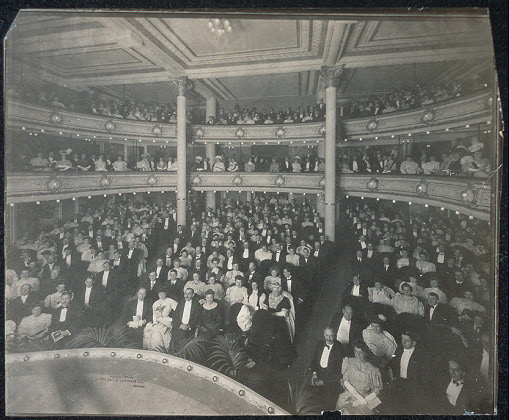 Opening night, New theatre, Chicago