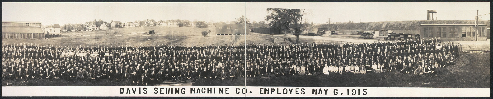 Davis Sewing Machine Co. employes [sic], May 6, 1915