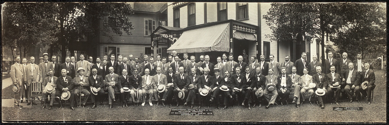 Committeemen, officials and guests of the notification ceremonies at Gov. Marshals [sic] home, Aug. 20, 1912, Indianapolis, Ind.