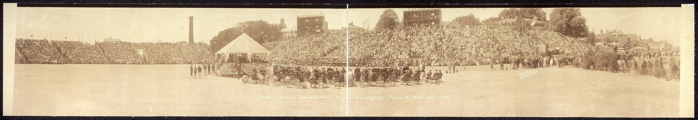 President Harding, addressing throng, Pilgrim Tercentenary, Plymouth, Mass., Aug. 1, 1921