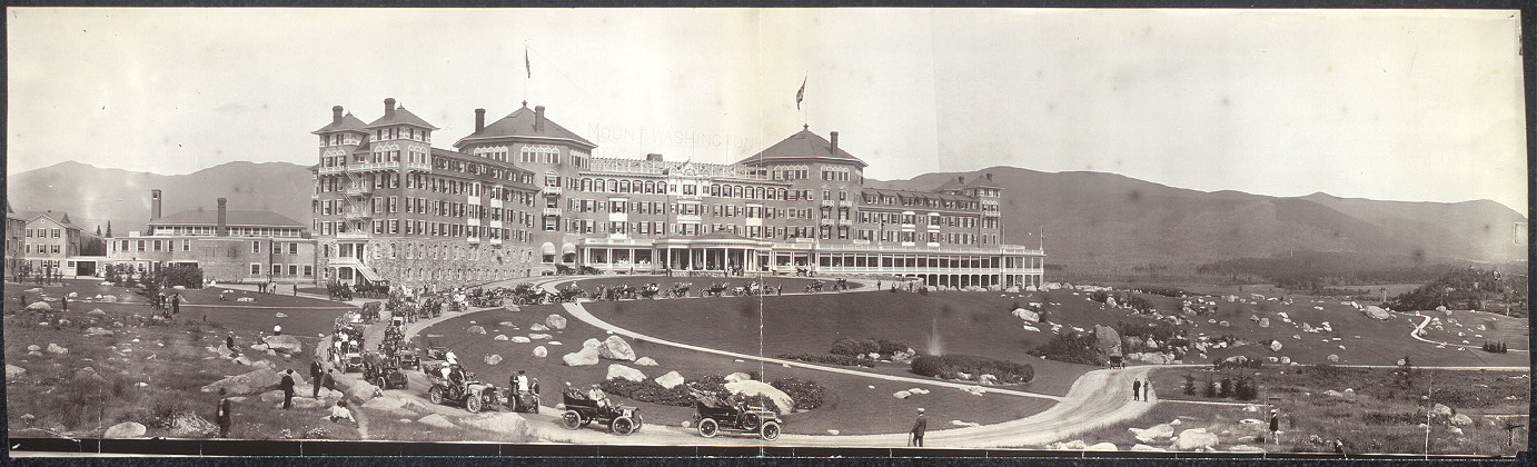 [Mount Washington Hotel & Glidden tourists]
