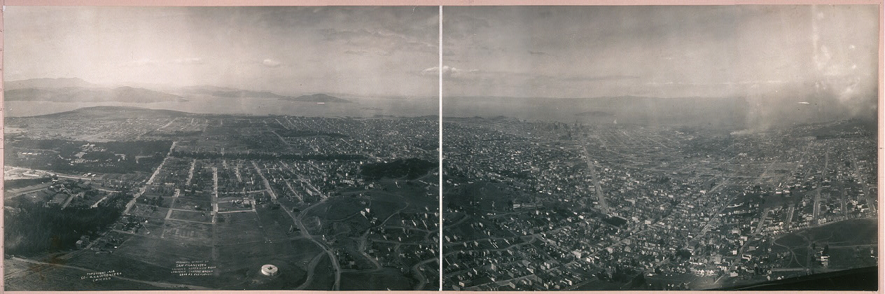 Unburned district of San Fransisco [sic] looking northeast from Lawrence Captive Airship, 2200 ft. elevation