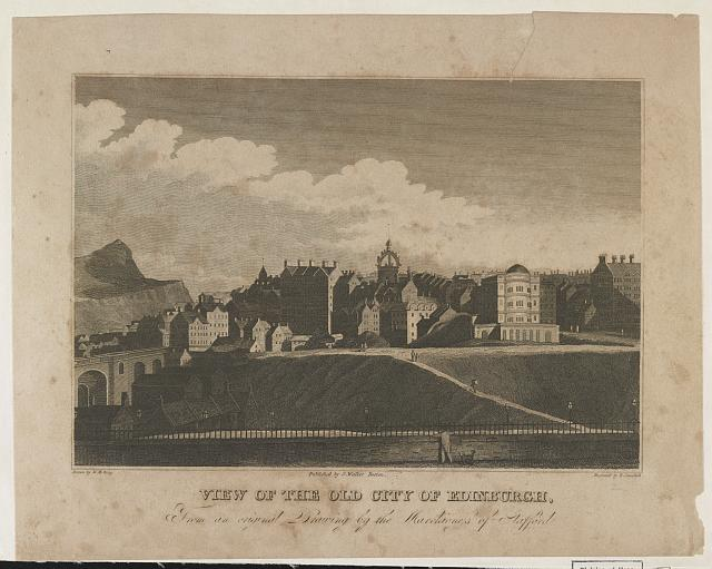View of the old city of Edinburgh