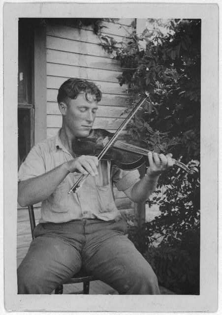 [Wayne Perry playing fiddle, Crowley, Louisiana]