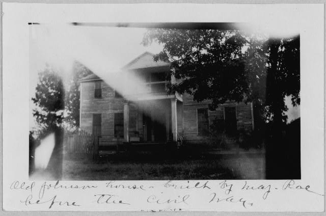 [House and steamboat at West Point, Arkansas]