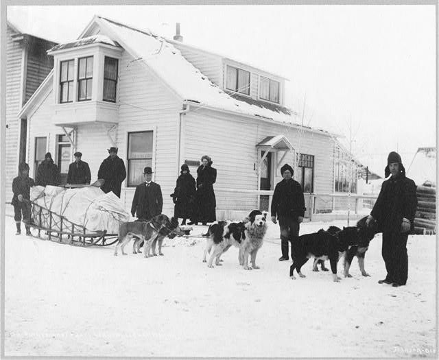 Dog team and Dr. Sutherland's party ready to leave Fairbanks for Kantishna