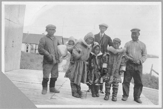 Frank G. Carpenter with Eskimos