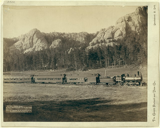 """Harney Range."" Horseshoe Curve on the B[urlington] and M[issouri River] Ry. near Custer City, S.D."