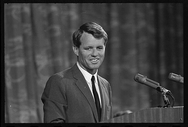[Robert Kennedy appearing before Platform Committee]
