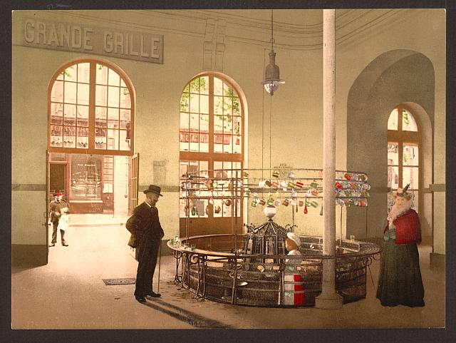[Source de la Grande Grille, (drink hall), Vichy, France]
