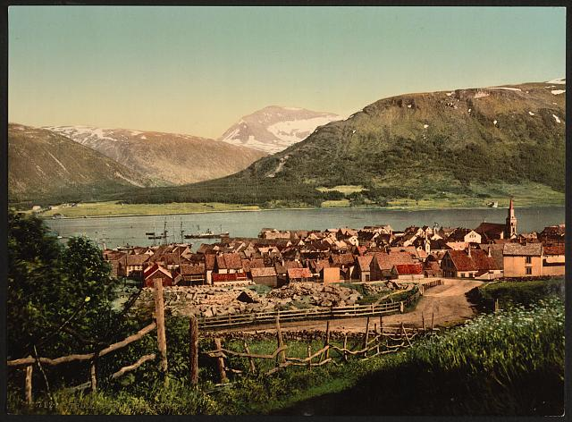 [Tromsø, with Tromstind, Troms, Norway]