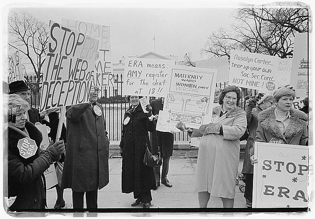 [Demonstrators opposed to the ERA in front of the White House]