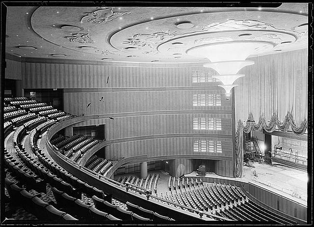 Roxy Theatre, 49th Street, New York, N.Y. [Interior], horizontal with curtain up