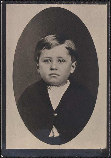 [Orville Wright, about three years old, half-length portrait, in oval, facing front]